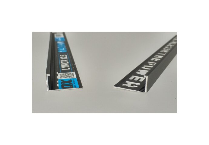 Tegelprofiel LYNOX 10x2700 mm Rechthoekig Gecoat Mat Zwart